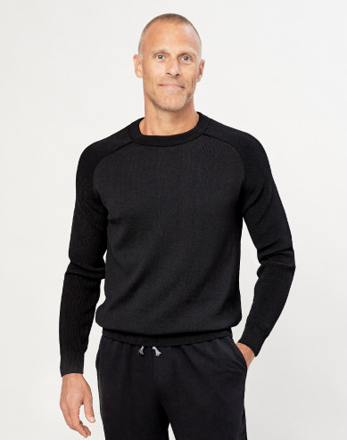 Stickad tröja för herr svart